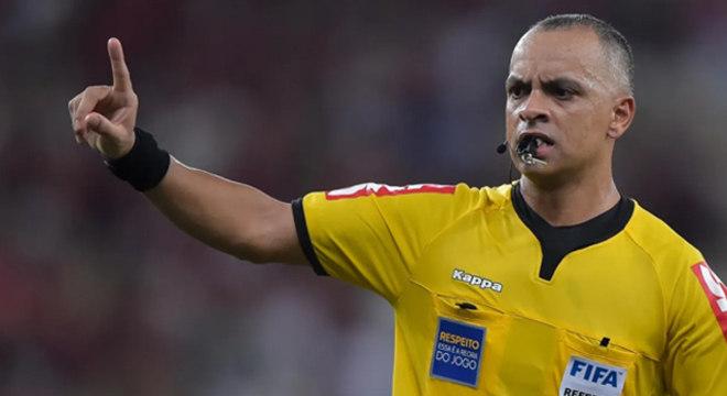 Flamengo exige a troca do árbitro Wilton Pereira de Carvalho. Não o quer contra o São Paulo