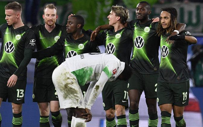 Wolfsburg - Pontos: 36 / Jogos:25  / Vitórias:9 / Empates:  9/ Derrotas: 7 / Gols: 34