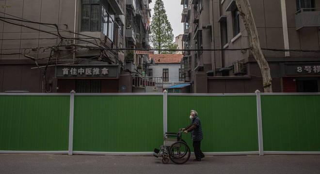 Moradores não tinham permissão para deixar suas casas