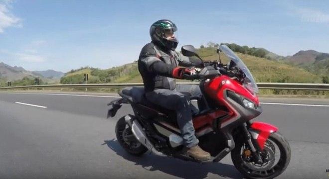 Nova moto da Honda é bastante confortável para viajar