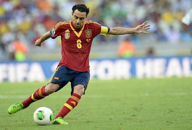 XAVI - O talento do meio de campo da Espanha passava por Xavi. O craque fez uma Copa do Mundo espetacular e foi premiado com a conquista do caneco.