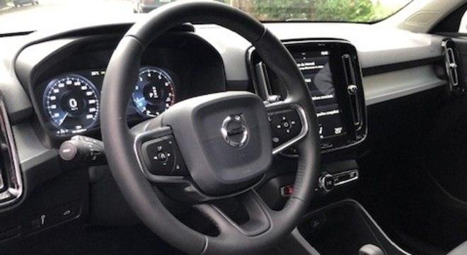 XC40 fica mais equipado para enfrentar concorrentes como Audi Q3, Mercedes GLA e BMW X1