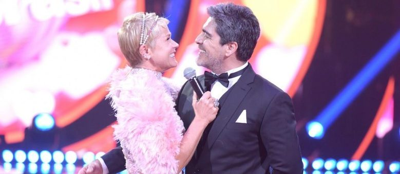 Xuxa comanda o Dancing Brasil  e conta com a ajuda de Junno Andrade