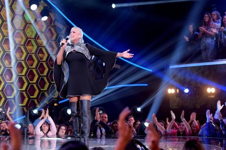 Xuxa Meneghel comanda o 'The Four'