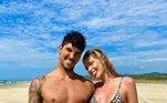 Yasmin e Medina estão juntos há pouco mais de um ano. Os dois se casaram oficialmente em dezembro de 2020, em uma cerimônia no HavaíVenenosas: Yasmin Brunet termina lua de mel com família de Medina