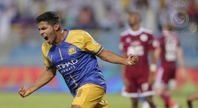Yayha Al-Shehri - Atacante - Clube: Al-Nassr - Compensa a baixa estatura (1,64 m) com intensa movimentação dentro de campo. É inquieto, caindo sempre pelos lados de campo ou a