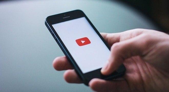 Governo processa YouTube por coleta de dados de crianças e adolescentes