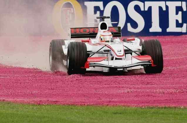 Yuji Ide correu em quatro GPs até ter a superlicença cassada pela FIA por ser perigoso demais