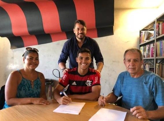 Yuri Oliveira (meia, 19 anos) - Contrato até: 31/12/2022 (assinado em 12/9/19) - Multa rescisória de 45 milhões de euros.