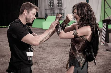Snyder no set de Batman v Superman