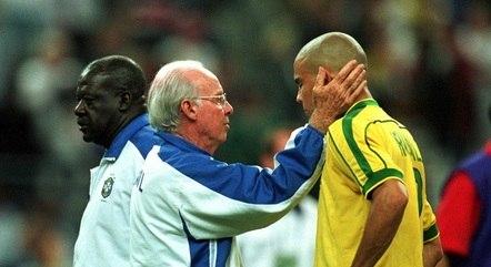 Zagallo foi técnico de Ronaldo na Copa de 1998