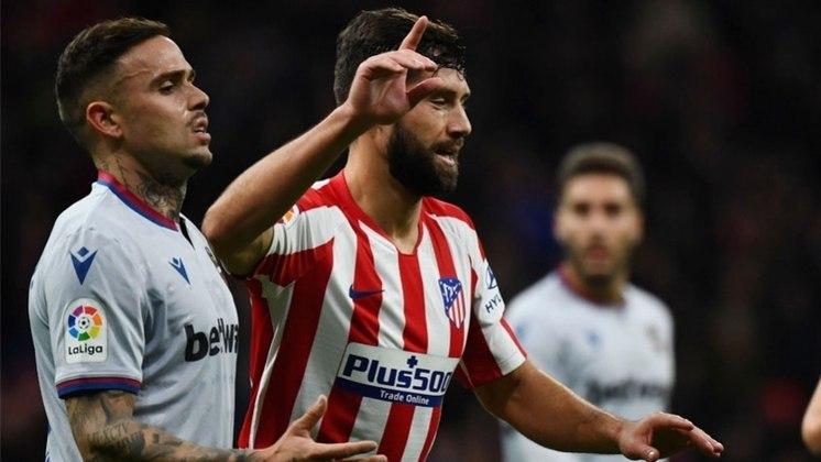 ZAGUEIRO:  Felipe - Atlético de Madrid