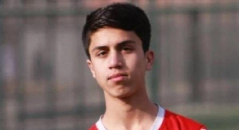 Zaki Anwari, de 19 anos, morreu ao se agarrar em avião para fugir do Afeganistão