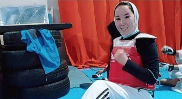 """Atleta afegã faz apelo para participar da Paralimpíada: """"Peço a vocês que me ajudem"""""""