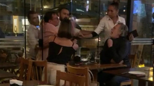 Zé de Abreu se envolve em mais uma briga em restaurante, confira! (Reprodução)