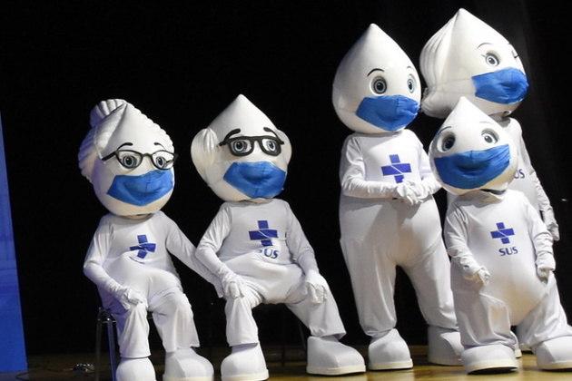 O Zé Gotinha foi criado na década de 1986, pelo artista plástico Darlan Rosa e foi uma iniciativa do Ministério da Saúde. O boneco apareceu para incentivar a vacinação das crianças contra a poliomielite. Agora o personagem ganhou uma família para ajudar na divulgação da vacina contra a covid-19