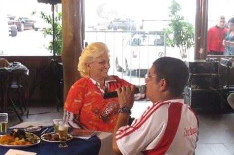 Zeca compartilhou encontro de 2011 com Hebe