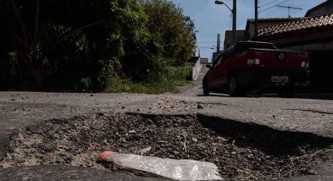 Árvore, buraco e limpeza: queixas sobem no primeiro mês da gestão Covas