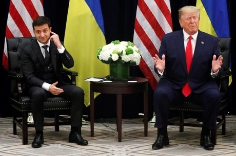 Zelenskyi e Trump: ligação sob suspeita