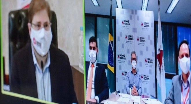 Reunião entre os chefes do Executivo e Legislativo foi feita via videoconferência