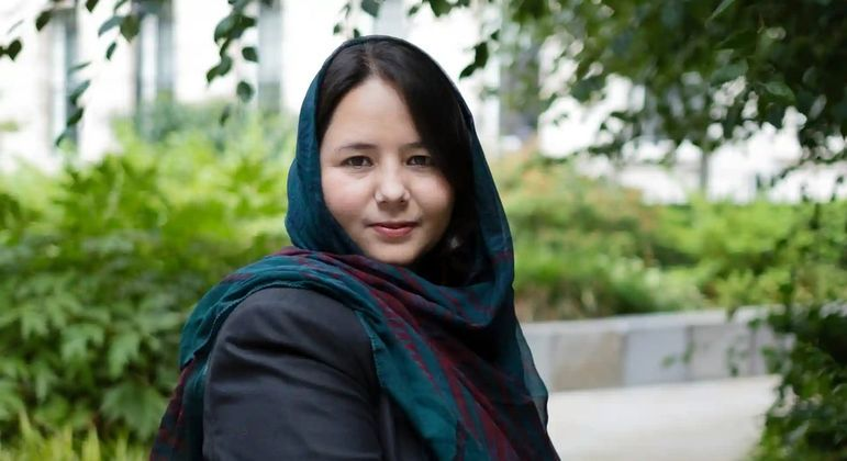 A jornalista afegã Zhara Joya deixou o seu país após a retomada do Talibã