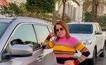 Em junho de 2019, a influenciadora posou ao lado de um carro de luxo durante viagem a Goiás.