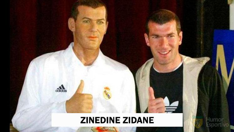 Zinedine Zidane tem algumas esculturas de cera espalhadas por museus na Europa. Nem todas são perfeitas!