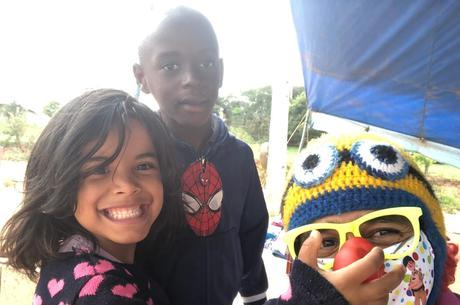 Fabiano ajuda crianças desde 2016