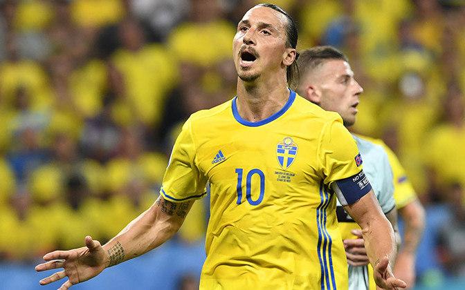 Zlatan Ibrahimovic - Personagem icônico, Ibra é um dos melhores atacantes dessa geração e construiu momentos memoráveis no futebol. No entanto, sua relação com a Copa do Mundo não é boa, participando apenas duas vezes do maior torneio futebolístico.